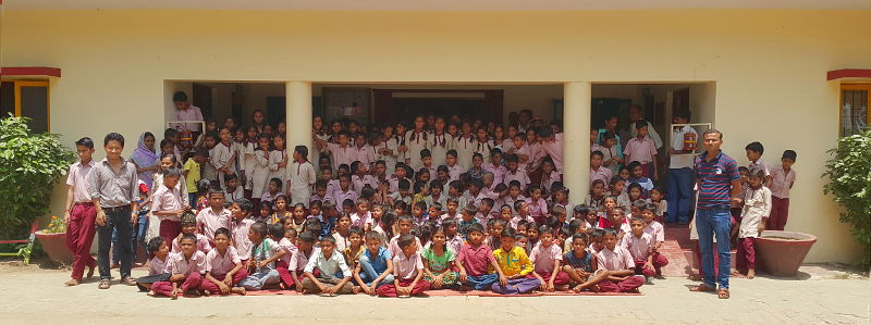 School group photo, 2017
